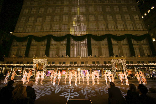 "Saks Fifth Avenue's ""An Enchanted Experience"" Window Unveiling"